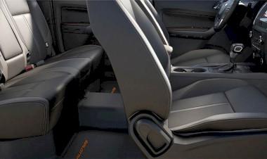 Thư giãn trong khoang xe rộng rãi