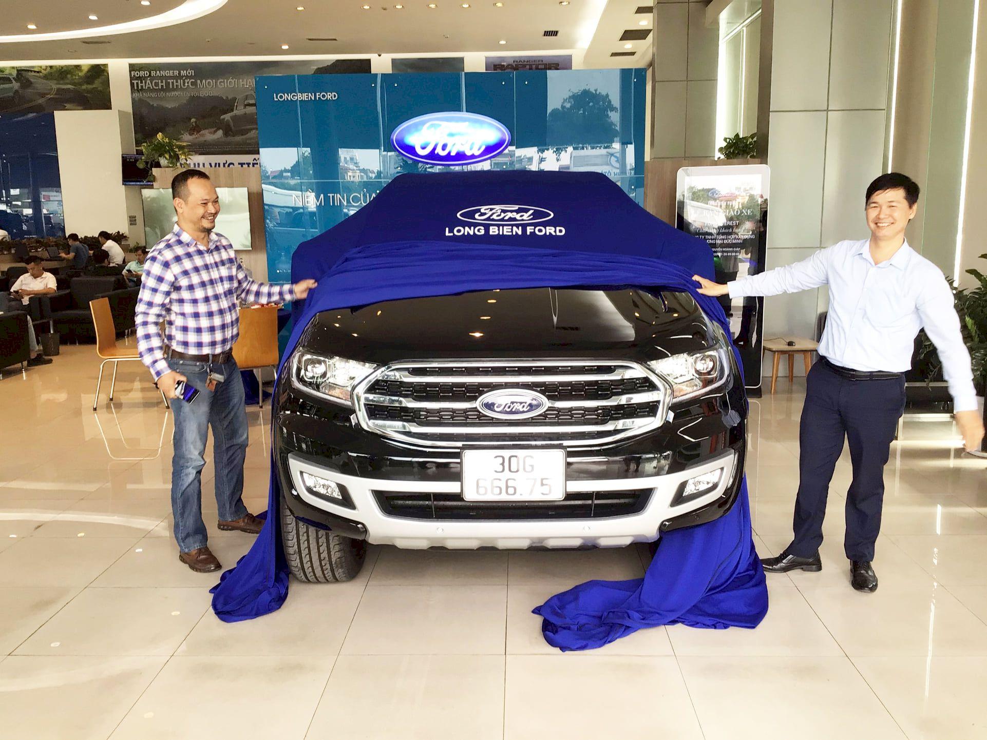 """Long Biên triển khai Quy trình """"Ford Guest Experience - Nâng cao Trải Nghiệm Khách Hàng"""""""