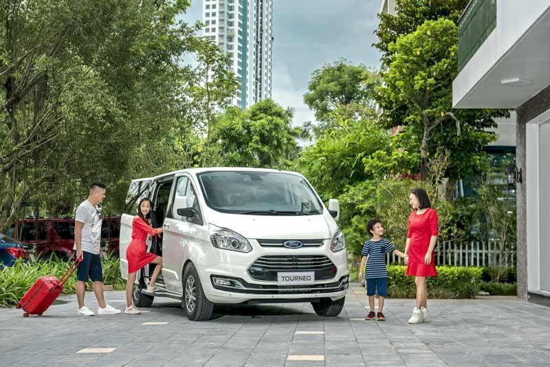Ford Tourneo có 7 chỗ ngồi thiếtkế linh hoạt mang lại sự thoải mái và thư giãn trên cả hành trình cho người lái và hành khách