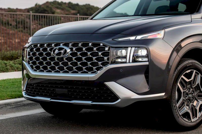 Hyundai Santafe 2021 cụp đèn phía trước