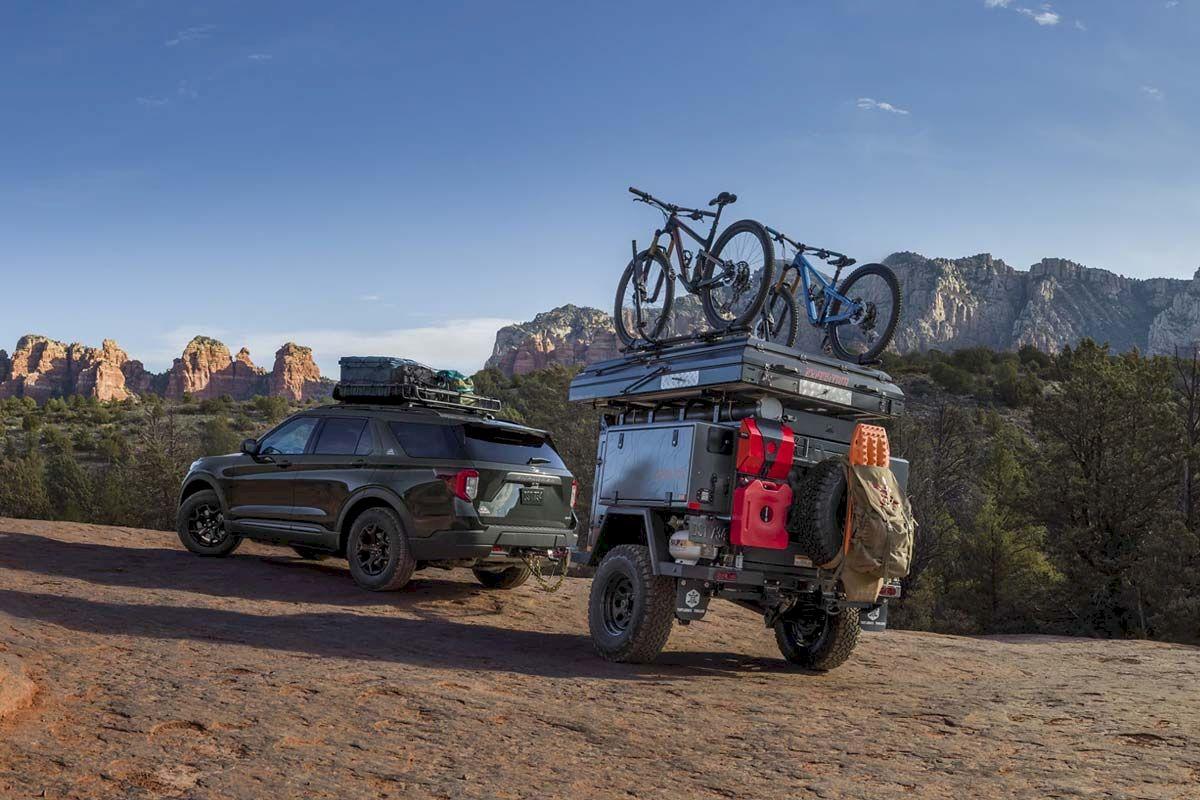 Ford trang bị cho Explorer Timberline các tấm chống trượt bằng thép bảo vệ gầm xe