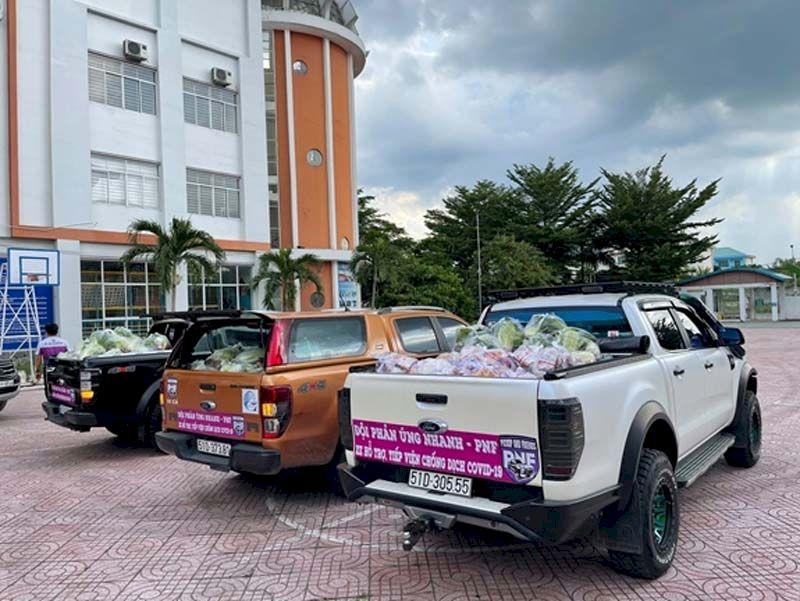 CLB Xe bán tải địa hình Việt Nam (PVC) hỗ trợ vận chuyển nông sản thực phẩm.